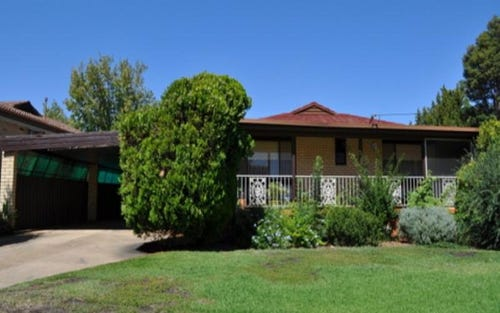 16 Temerloh Avenue, Wagga Wagga NSW 2650