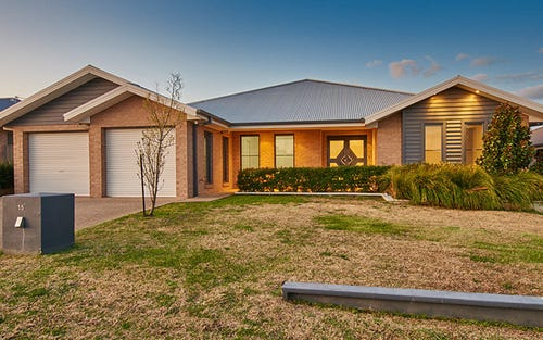 15 Bogong Crescent, Tatton NSW 2650