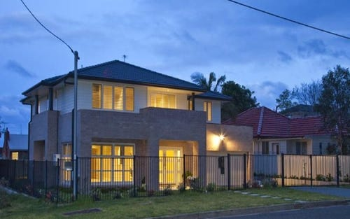 18 Hutchinson Street, Redhead NSW