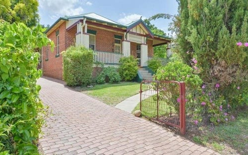 88 Upper Street, Tamworth NSW