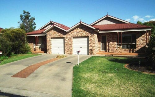 18A and 18B Robrick Close, Griffith NSW 2680