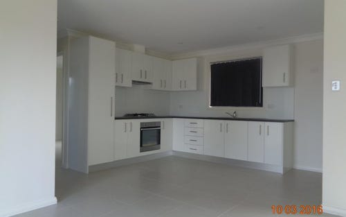 Flat B/40 Stockholm Drive, Hassall Grove NSW