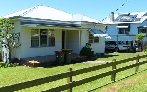11 Flett Street, Taree NSW 2430