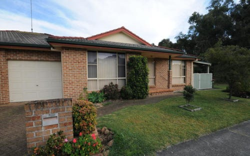 2/99 Hind Ave, Forster NSW