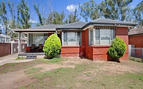 135 Richmond Rd, Cambridge Park NSW 2747