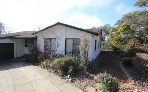 6 Bathurst Place, Macquarie ACT