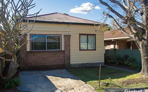28 Sunderland St, Mayfield NSW 2304