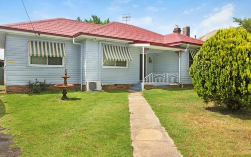 122 BRIDGE STREET, Uralla NSW 2358