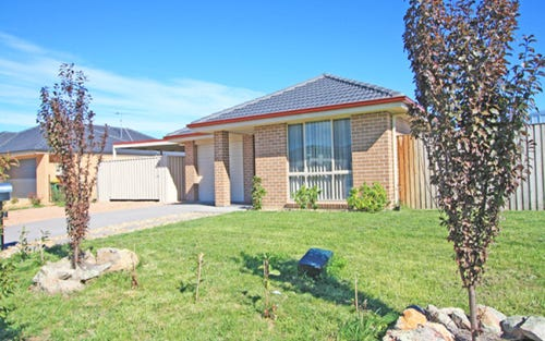 2 Deniston Circuit, Bungendore NSW 2621