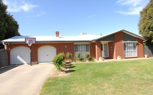 239 Victoria Street, Deniliquin NSW 2710