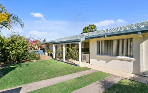 12 Louise St, Southport QLD 4215