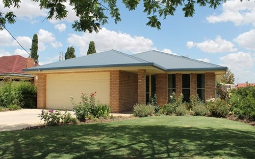 33 Cecile Street, Parkes NSW 2870