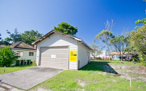 8 Little High Street, Yamba NSW 2464