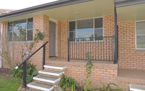 2/11 Manning Street, Gloucester NSW