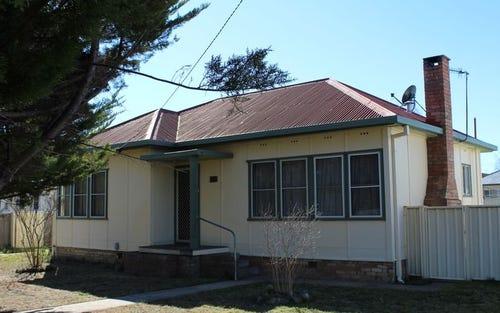 37 Lewis Street, Glen Innes NSW 2370