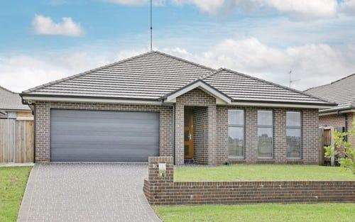 16 Liz Kernohan Drive, Elderslie NSW 2570