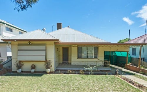 20 Manoora Avenue, Mount Austin NSW 2650
