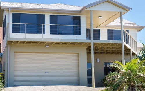 6 Lighthouse Crescent, Emerald Beach NSW 2456