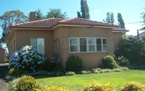 27 Margaret, Glen Innes NSW 2370