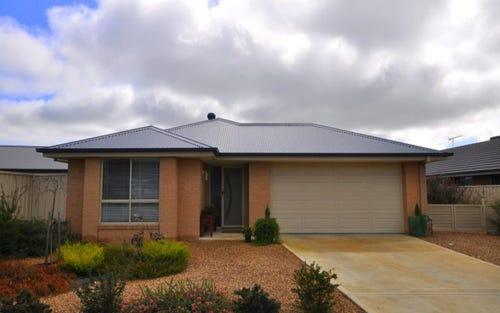 15 Britton Court, Jindera NSW 2642