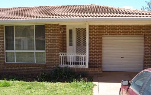 15 Pioneer Place, Orange NSW