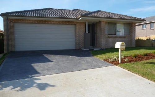 13 Domus St, Glenmore Park NSW 2745