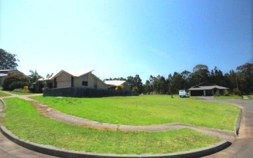 2 Bloodwood Place, Hallidays Point NSW 2430