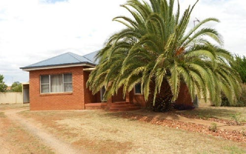 15 Coronation Ave, Parkes NSW