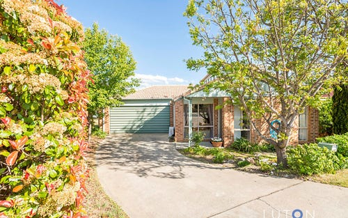 31 Grounds Crescent, Greenway ACT
