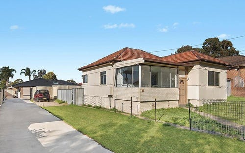 22 Greenacre Road, Greenacre NSW 2190