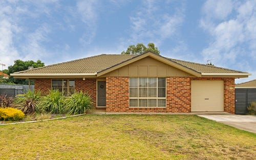 28 Avocet Drive, Estella NSW