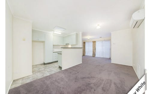 6/4 Britten Jones Drive, Holt ACT