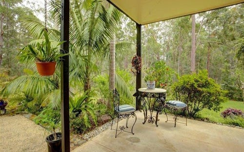 7 Gwen Close, Emerald Beach NSW 2456
