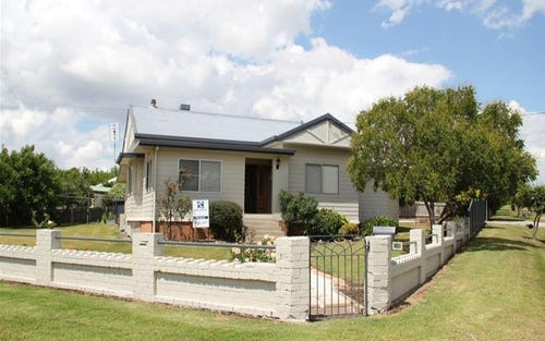 92 Martin Street, Tenterfield NSW 2372
