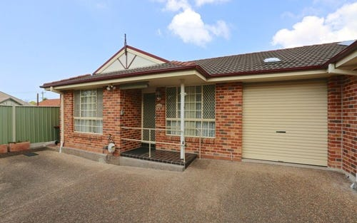 4/5 Crest Road, Wallsend NSW 2287