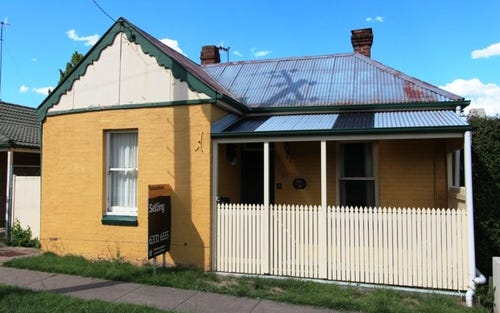 13 Rocket Street, Bathurst NSW 2795
