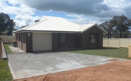 25 Radnor St, Canowindra NSW 2804