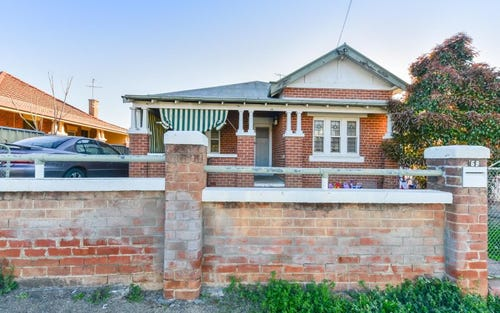 69 Crown Street, Tamworth NSW 2340