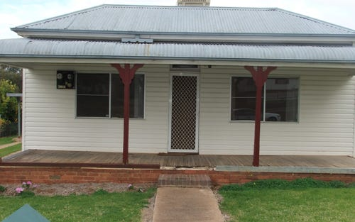 70 Yass St, Young NSW