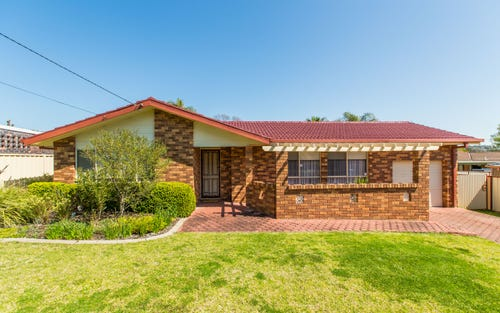 10 Gardenia Avenue, Lake Albert NSW 2650