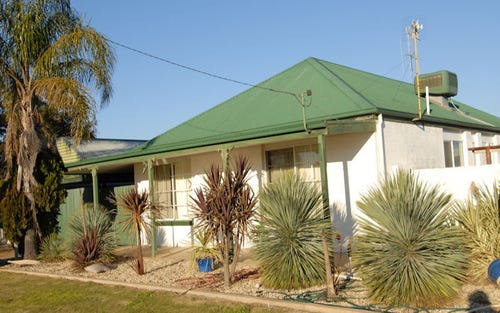 126 Wyatt Street, Deniliquin NSW 2710