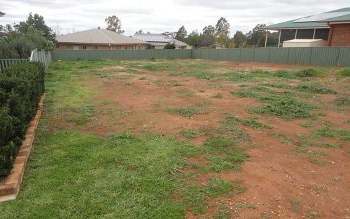 9 Kavanagh Circuit, Temora NSW 2666