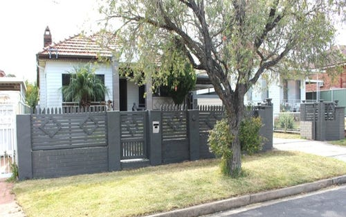 6 MAGNEY AVE, Regents Park NSW 2143