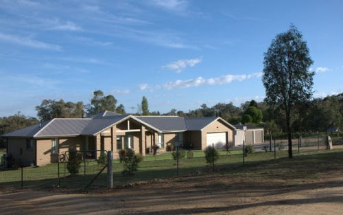 29 Hintons Road, Young NSW 2594