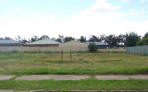 28 Pinkstone Avenue, Cootamundra NSW 2590