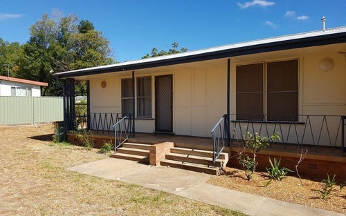 2/11 Little Beulah Street, Gunnedah NSW