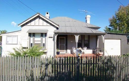 24 Mackay Street, Cootamundra NSW 2590