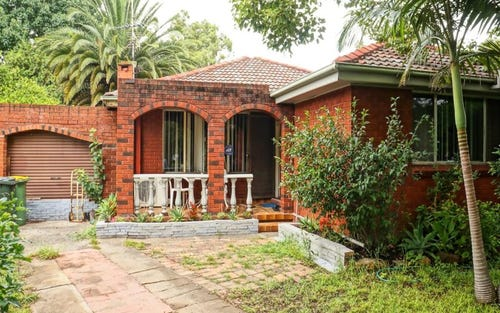 24 Kingslea Pl, Canley Heights NSW 2166