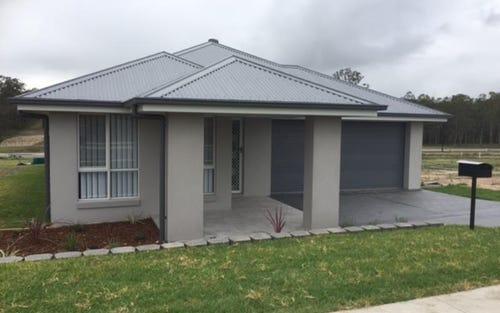 18 Emerton Drive, North Rothbury NSW