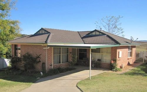 3 Burgess Place, Bathurst NSW 2795